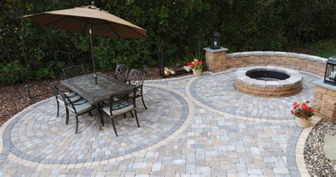 Concrete Patio Ideas For Small Backyards Circlestone Pavers Patio Town