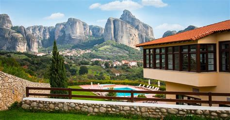 divani meteora hotel hotel meteora in greece luxury stay with the meteora