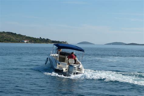 where to rent a boat speed boat eolo 590 vodice rent a boat