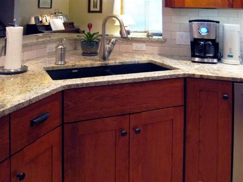 kitchen corner sink base cabinet corner kitchen sink base cabinet victoriaentrelassombras