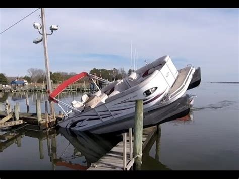 redneck boats pictures how not to park your pontoon boat redneck style youtube