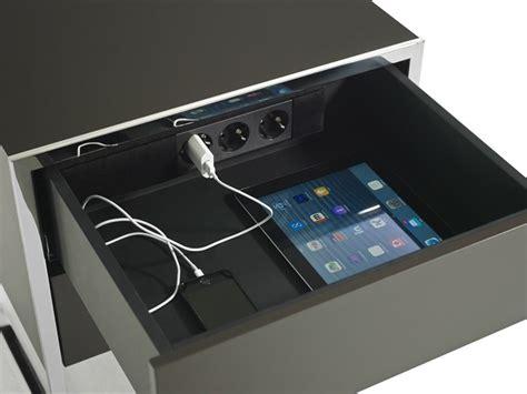 yomei nachttisch smart rechteckiger nachttisch by yomei design andr 233 schelbach