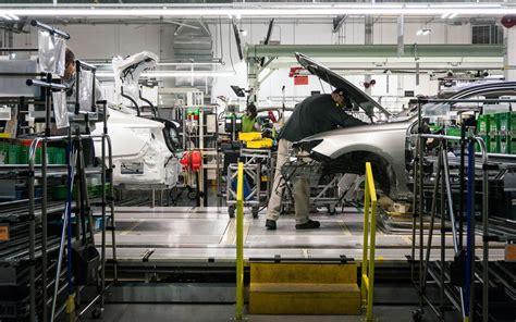 lexus es manufacturing thumb