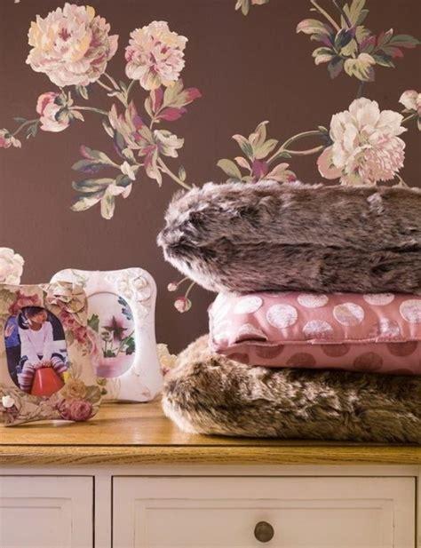 rosa fellkissen rosabraune kinderzimmer designs traumhafte und stilvolle