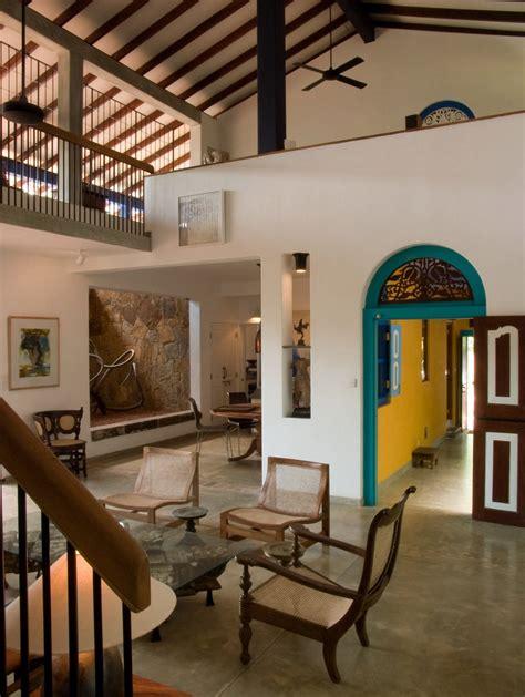 sri lanka putting  focus  tropical modernism