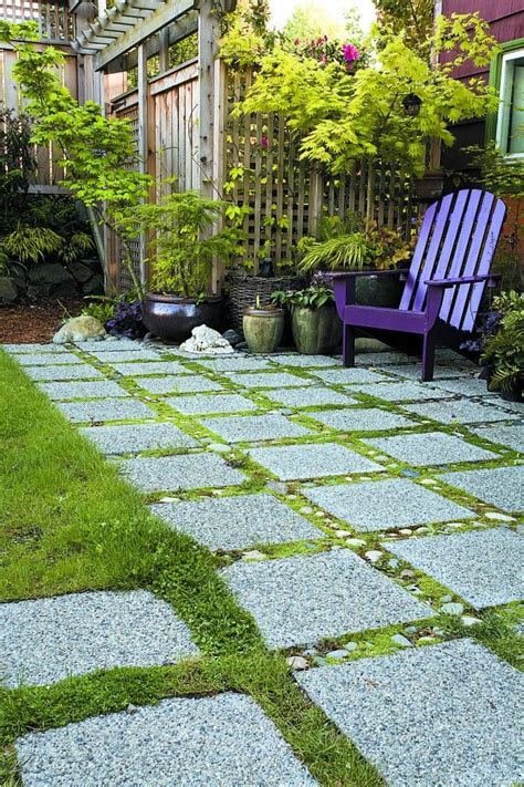 Patio Pavers With Moss In Between 25 Best Ideas About Garden Pavers On Purple
