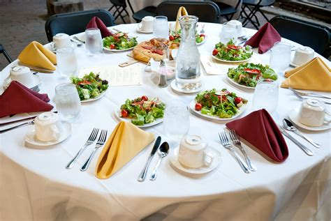 Catering Duluth Grill Dining Table Service