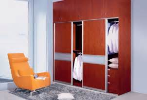 Low Wardrobe Closet Compare Prices On Mirrored Sliding Wardrobes