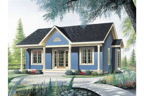 home plans small houses nice little starter home hwbdo14140 bungalow from builderhouseplans com