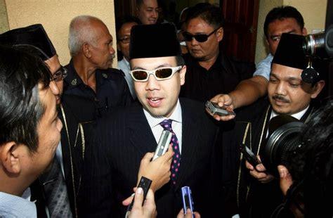 sultan kelantan 2014 mahkamah batalkan saman adinda sultan kelantan terhadap