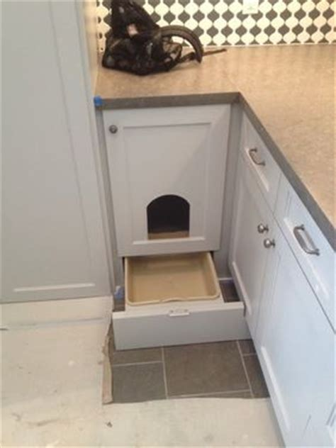 keeping litter box in bedroom best 25 cat room ideas on pinterest cat trees cat house diy and cat trees diy easy
