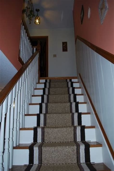 Decorating Ideas For Staircase Landing by Stairs And Landing Decorating Ideas Finishing Touch
