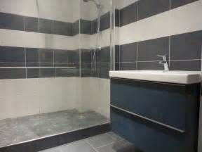 indogate salle de bain carrelage blanc