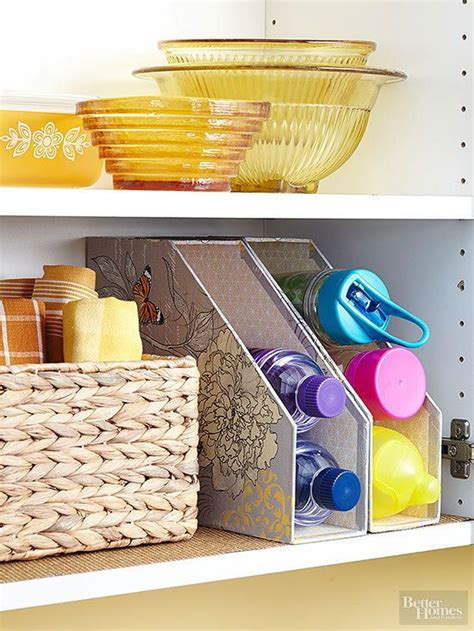 affordable kitchen storage ideas 25 best ideas about tupperware storage on pinterest tupperware organizing plastic containers