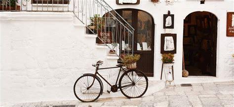 itinerary wisata bersepeda pagi  seru  pik pantai