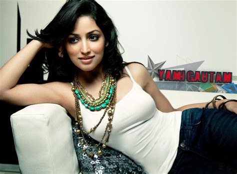 bollywood actress latest news photos videos on yami gautam hot images latest wallpapers movie pics