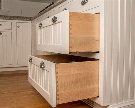 beadboard drawer fronts white beadboard drawers redo dresser redo bedroom