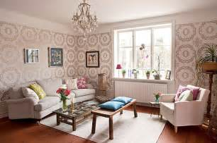 Wallpaper Livingroom by 20 Eye Catching Wallpapered Rooms