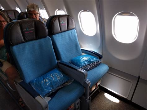 hawaiian airlines extra comfort seats review hawaiian airlines extra comfort a330 kahului to