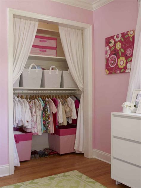 Closet Curtain Ideas by 17 Best Ideas About Closet Door Curtains On
