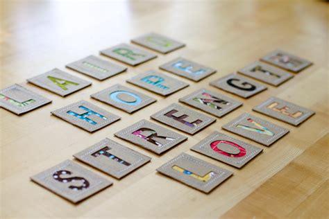 lettere di stoffa come fare lettere in cartoncino e stoffa tutorial
