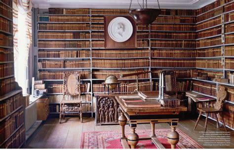 libreria ambrosiana donde viven los monstruos lij d 237 a de la biblioteca