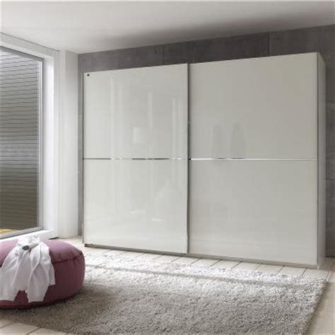 schrank schlafzimmer weiß wandfarben beispiele braun