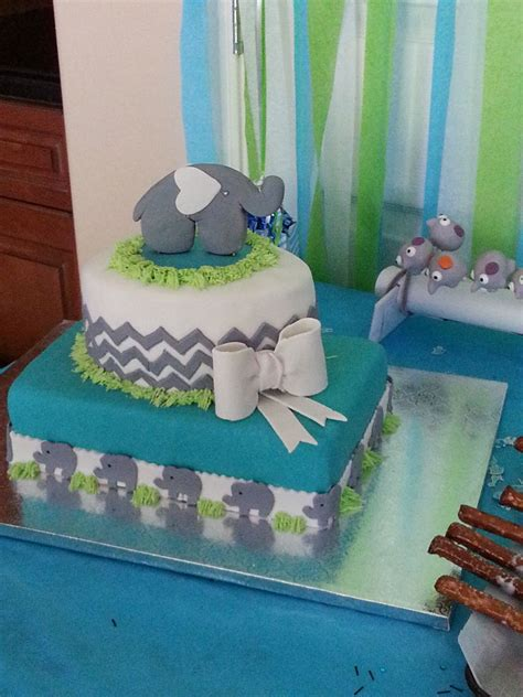 2 layer baby shower cakes baby shower cake cakecentral