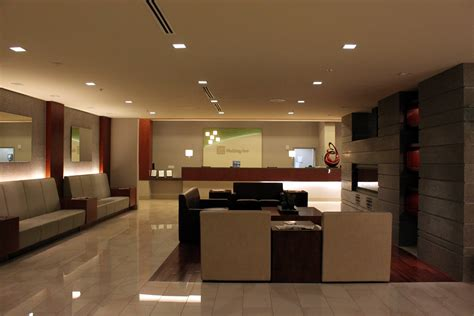 Front Desk by File Inn Civic Center Front Desk Jpg Wikimedia