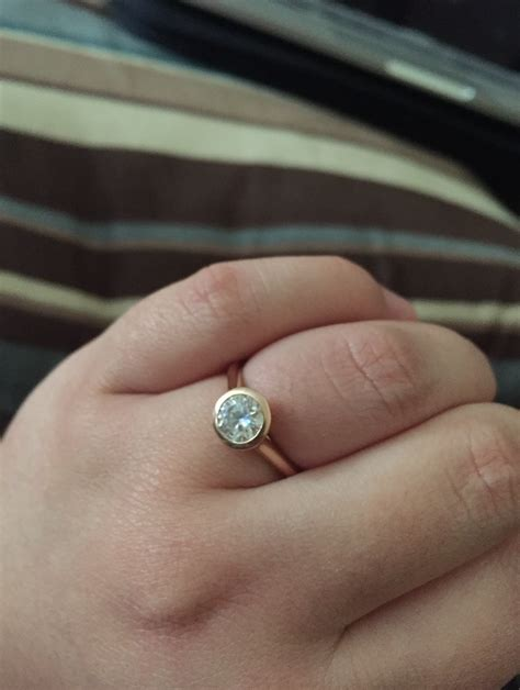 reddit has convinced me to get a moissanite engagement