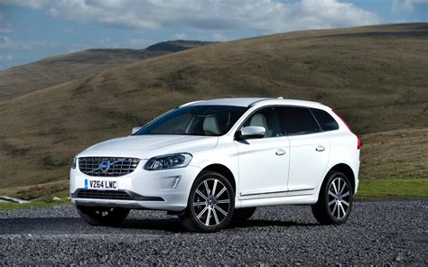 volvo xc60 vs mercedes glc comparison volvo xc60 t6 platinum 2016 vs mercedes