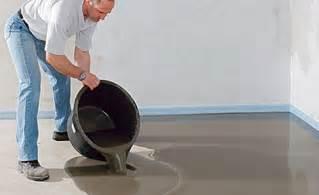 fussboden ausgleichsmasse boden ausgleichen renovieren bauen selbst de