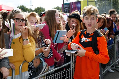 bailey mcconnell impresses everyone on bailey mcconnell in soccer six 4 of 6 zimbio