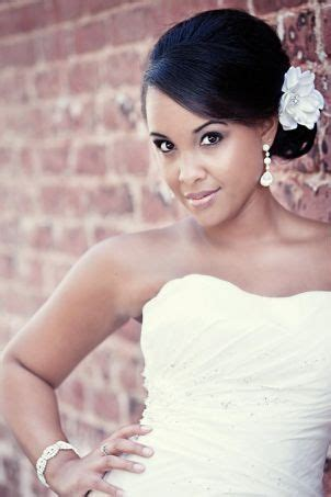 5 interesting natural wedding hairstyles for black women 5 interesting wedding hairstyles with tiara at the back