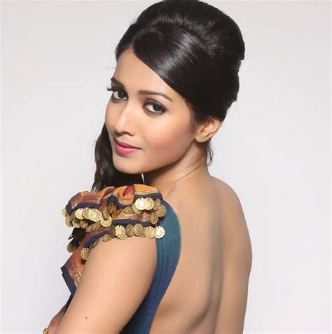 definition of actress wiki catherine tresa wiki biography net worth income pictures