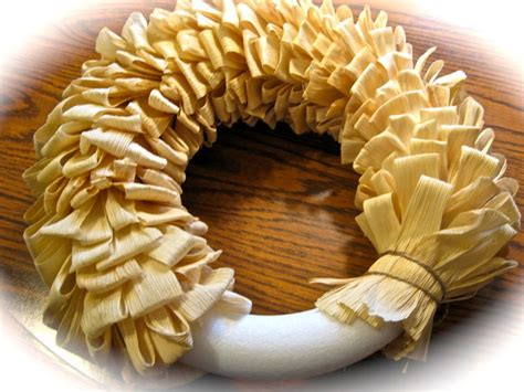 corn husk crafts for best 25 corn husk wreath ideas on husk corn