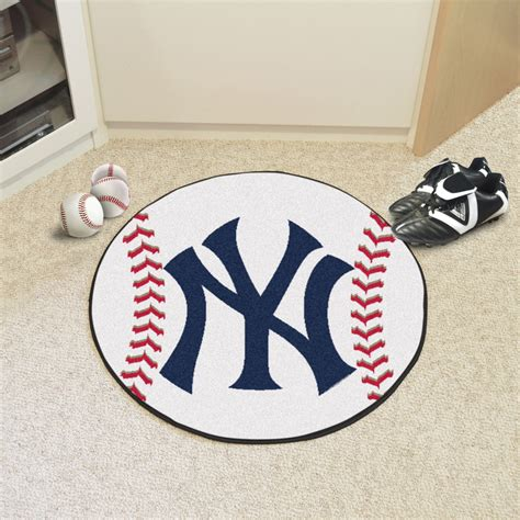 New York Yankees Area Rug Fan Mats 6339 Mlb New York Yankees 27 Quot Diameter Baseball Shaped Area Rug