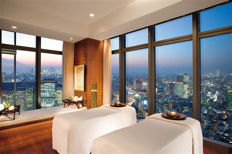 luxury mandarin hotel suite mandarin oriental atlanta 10 of new york city s best luxury spas racked ny