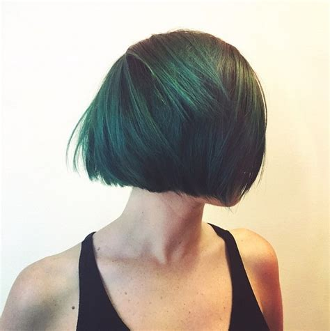 Graduated Bob For Round Face | 21 cute layered bob hairstyles popular haircuts