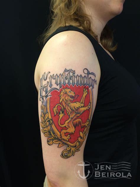 gryffindor tattoo harry potter gryffindor artist jen