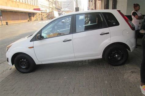 used ford figo 1 4 trend manual 2013 figo 1 4 trend 2013 ford figo 1 4 trend hatchback petrol fwd manual cars for sale in gauteng r 70 000