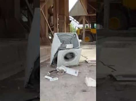 Stein In Waschmaschine by Large In The Washing Machine Gro 223 Er Stein In Der