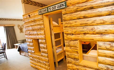 themed hotels in ohio saving money on your great wolf lodge stay