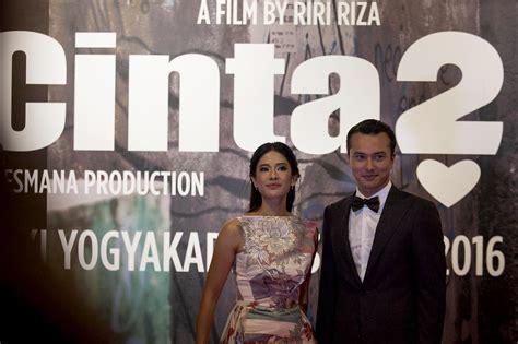 film horror luar terbaru di bioskop luar biasa aadc 2 ditayangkan di 100 bioskop di malaysia