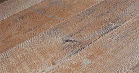 laminate flooring that looks like wood laminate flooring that looks like wood the triple crown
