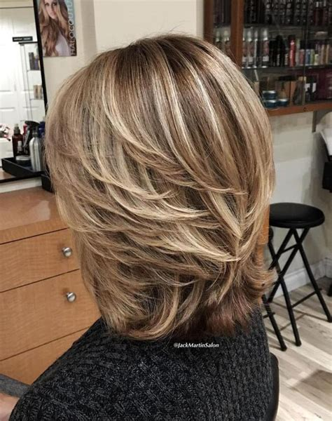 hair styles that are short and layerd with purple die in it best 25 short layered haircuts ideas on pinterest
