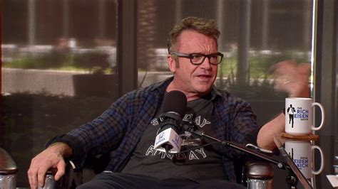 tom arnold best damn sports show actor tom arnold on rebooting roseanne will grace