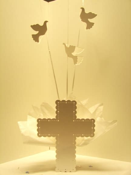 communion table decorations first holy communion