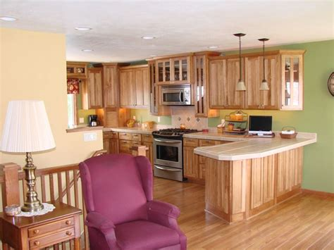 hickory shaker style kitchen cabinets shaker kitchen on hickory wood beenblossom cabinets