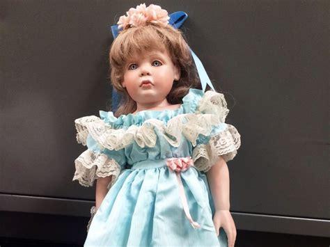 porcelain dolls why porcelain dolls are so spooky porcelain dollmaker